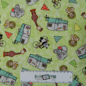 Patchwork Quilting Sewing Fabric KIDS ANIMALS CAMP GREEN Material 50x55cm New