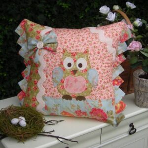 Betty-Barn-Owl-Sally-Giblin-Rivendale-Collection-Pattern-111609555123