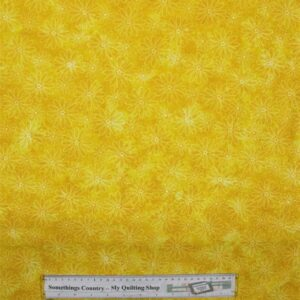 COUNTRY-QUILTING-FABRIC-Flower-Power-Yellow-Floral-Fat-Quarter-50-x-55cm-New-161576649634