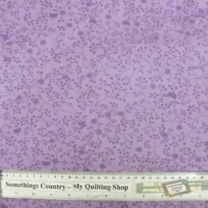 COUNTRY-QUILTING-FABRIC-Lavender-Quilt-Wide-Backing-240-x-50cm-New-Queen-King-111492487900