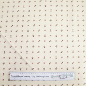 Country-Patchwork-Quilting-Fabric-Cream-Small-Print-Floral-Cotton-Sewing-50x55FQ-111674974183