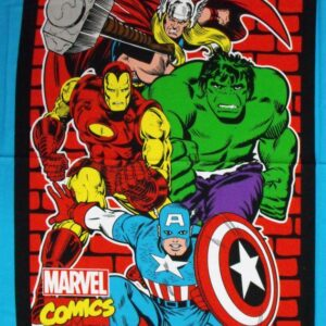 Country-Patchwork-Quilting-Fabric-MARVEL-AVENGERS-4-LARGE-Panel-90-x-110cm-New-162211367444