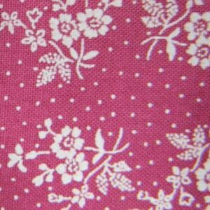 Country-Patchwork-Quilting-Sewing-Fabric-DEEP-PINK-White-Flowers-FQ-50x55cm-NEW-161986583106
