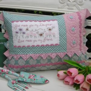 Daughter-Sally-Giblin-Rivendale-Collection-Quilting-Pattern-111630761790