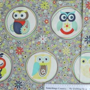 NESTED-OWLS-Flower-BG-Patchwork-Quilting-Sewing-Cotton-Fabric-Panel-40x110cm-New-111787730216