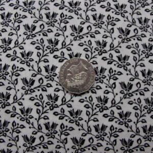 Patchwork-Quilting-Fabric-Black-White-Vines-Cotton-Quilt-Fat-Quarter-FQ-111317524688