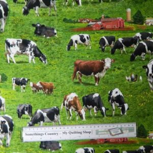 Patchwork-Quilting-Fabric-Cows-Allover-Material-Cotton-Fat-Quarter-50x55cm-NEW-162028914486