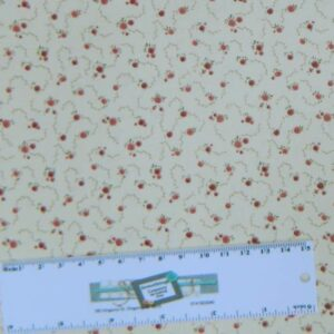 Patchwork-Quilting-Fabric-DUSTY-CREAM-ROSE-BUDS-Sewing-Cotton-FQ-50X55cm-NEW-162180121754