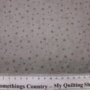 Patchwork-Quilting-Fabric-Life-Friends-Grey-Hearts-Lynette-Anderson-50-x55-161608187138
