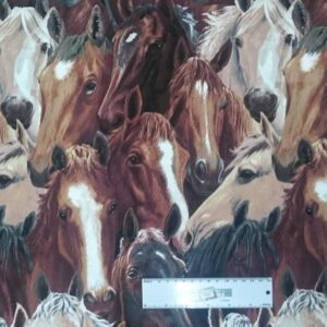 Patchwork-Quilting-Fabric-RUNNING-FREE-HORSES-Sewing-Material-Cotton-FQ-50X55cm-162126680622